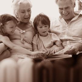 Knihy spomienok a retro darčeky pre seniorov